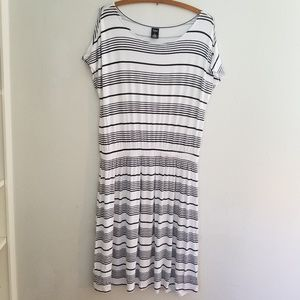 City Streets black white stripe dress large